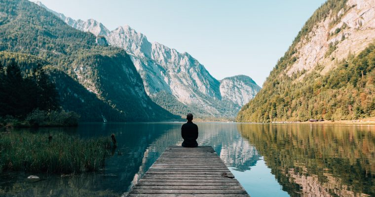 Do i have to stay completely still in meditation?